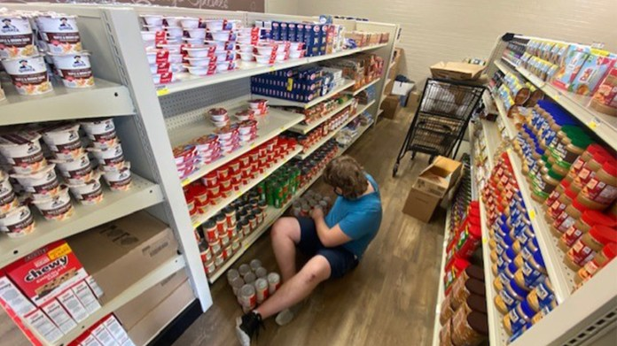 Texas student-run grocery store aims to curb food insecurity