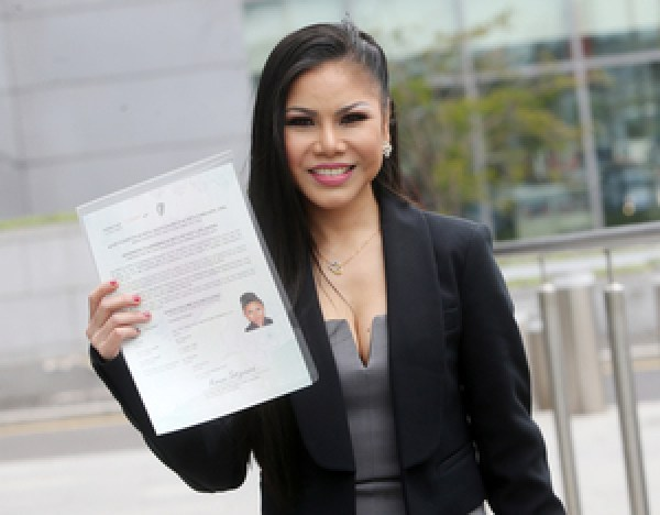 21/04/2017. Irish Citizenship Ceremony. Pictured Nichakun Plaengeli originally from Thailand living in Dublin joined thousands of people take part in the Citizenship ceremonies in Dublins Convention Center today. Three Citizenship Ceremonies will be held in the Convention Centre in Dublin with over 3000 candidates originating from over 120 countries expected to attend. Photo: Sam Boal/Rollingnews.ie