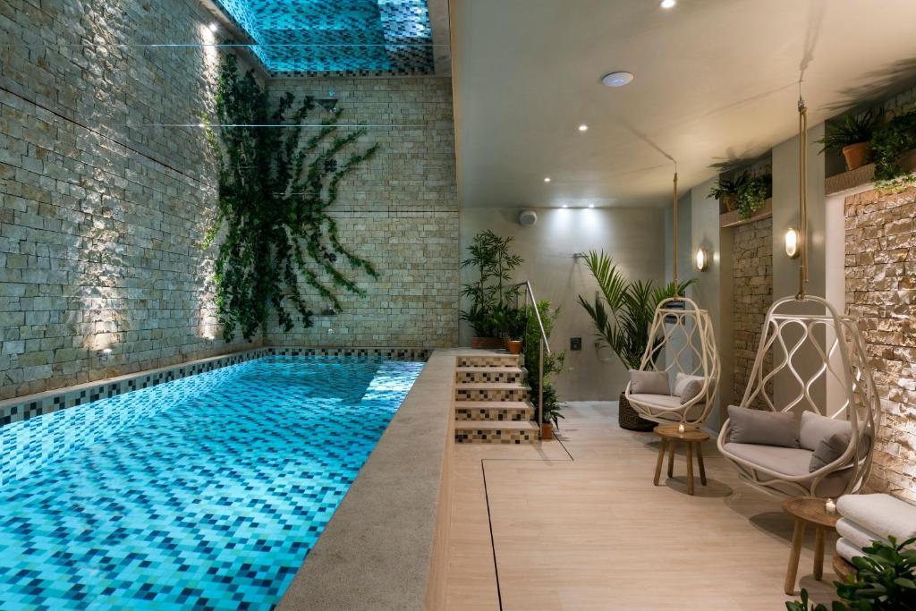 royal madeleine hotel spa paris