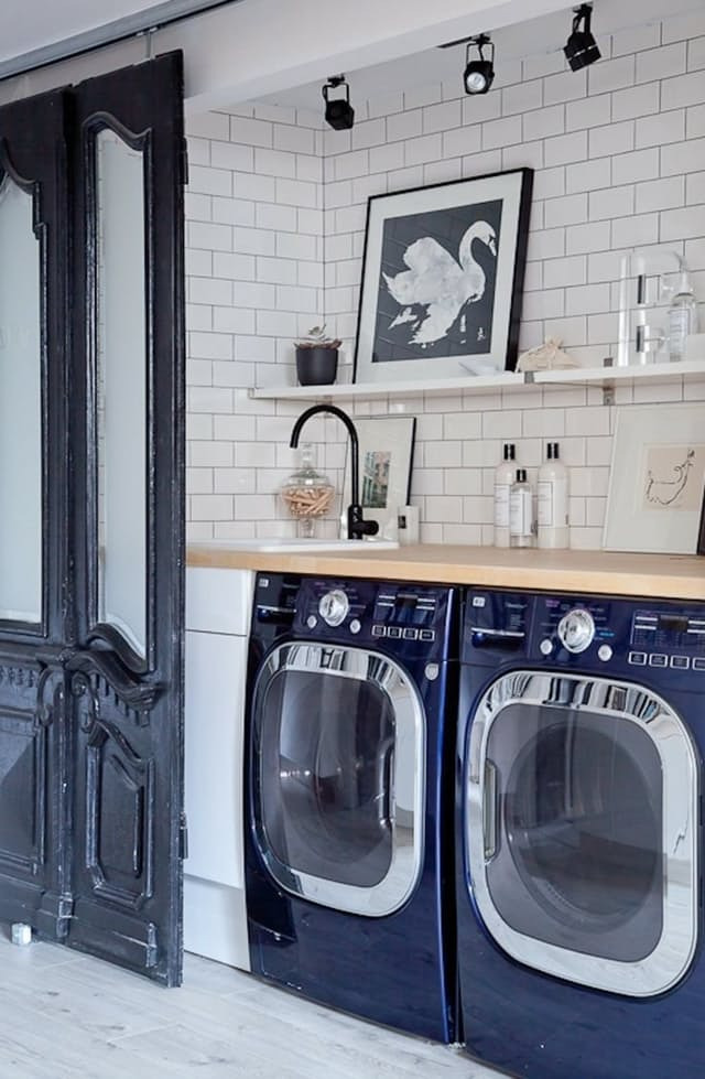 10+ Amazing Laundry Rooms - Classy Clutter on Amazing Laundry Rooms  id=27095