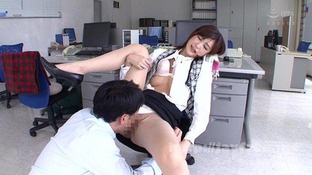 [HD][HFD-162] 昼間っからオフィスで…働く美女と性交 3 休日出勤してでも…職場で着衣挿入 4時間