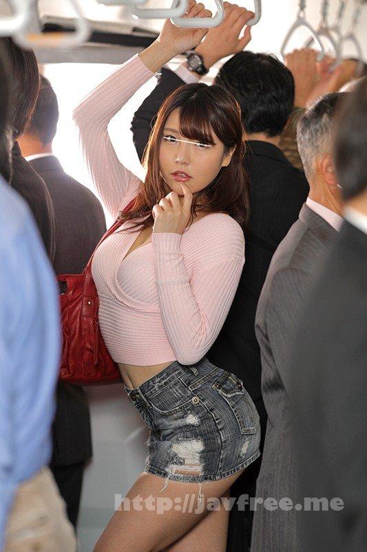 [HUNVR-036] 【VR】 何度も何度も電車で目が合う超美形の女子は実はエッチが超大好きなヤリマン女子!で実はボクの事が気に入っていたみたい!満員電車内で周囲の目を気にしながらまさかのキス!!そしてまさかまさかの急展開へ!手を引っ張られて次の駅で緊急下車!公衆トイレへ直行で…