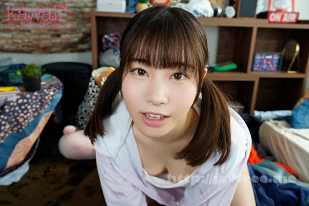 [KAVR-188] 【VR】マン毛ハミ出し誘惑してくる幼気な妹にイタズラ中出し 江本あやみ
