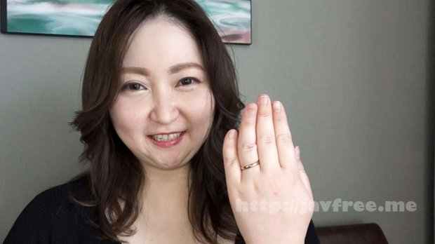 [HD][NINE-053] セックスレス25年の欲求不満セレブ妻は爆乳ぽっちゃり美熟女、緊急AV出演 山代ゆり(45歳)