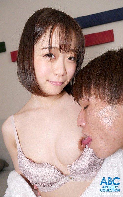 [HD][OKSN-331] 新発掘! 低身長の幼妻神! 舌使い 激腰振り 肉棒を飢える恍惚表情 本性を密室で…