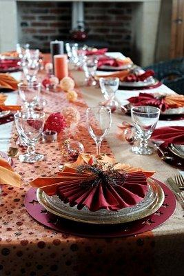 Table Runners And Matching Placemats LoveToKnow