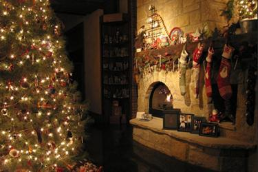 Country Style Christmas Decorating LoveToKnow