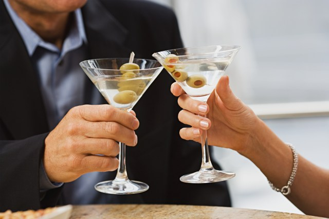 How to Make the Perfect Vodka Martini  LoveToKnow