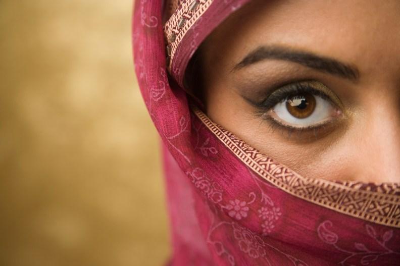 Afbeeldingsresultaat voor religions under pressure women