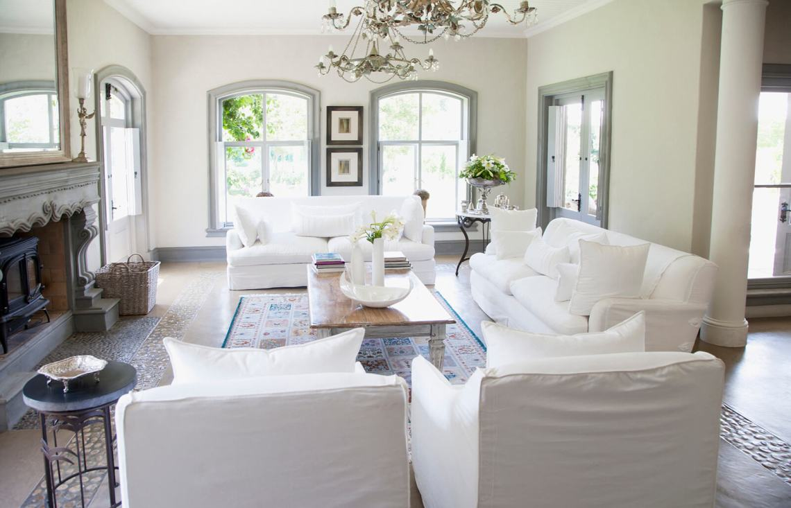 Family Room Vs Living Room Where The Differences Lie Lovetoknow