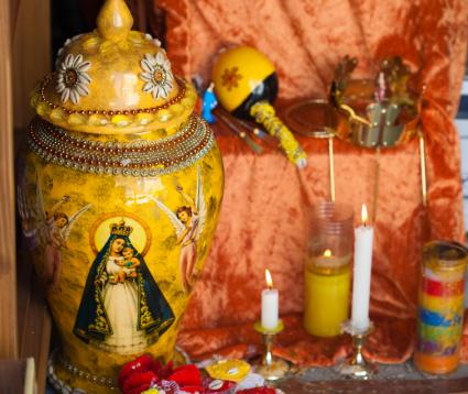 Santeria History Rituals And Practices LoveToKnow