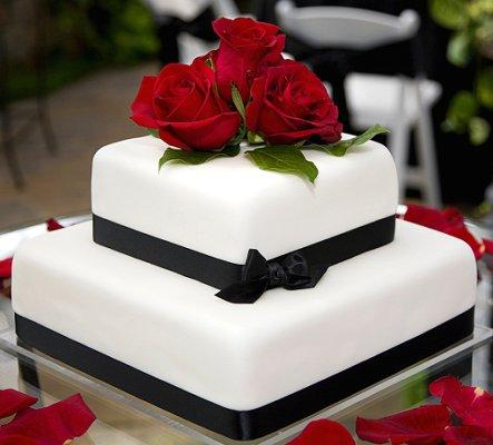 Gallery Simple Square White Wedding Cake