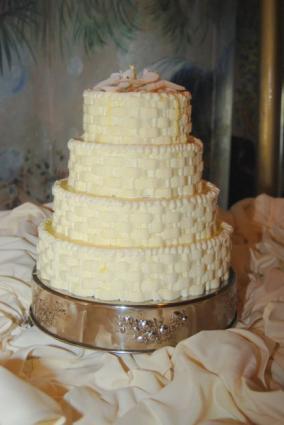 white wedding cake source walmart wedding cakes