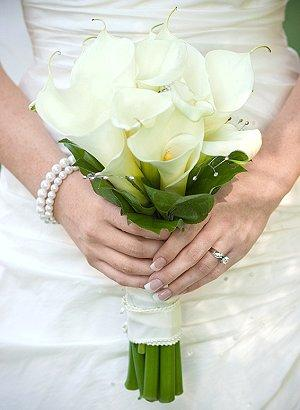 Pictures of Calla Lily Bridal Bouquets | LoveToKnow
