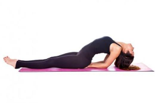 15 YOGA POSES FOR ABS FOR BEGINNERS AT HOME