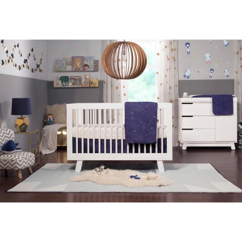 隔日寄 全新 美國babyletto嬰兒寢具四件組 嬰兒床包 嬰兒床組 兒童床包 太空梭 新生兒禮物 彌月禮物 | 蝦皮購物
