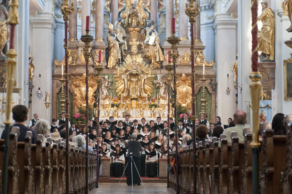 Alte Peterkirche forblog - LMU Choruses Perform in Austria and Germany