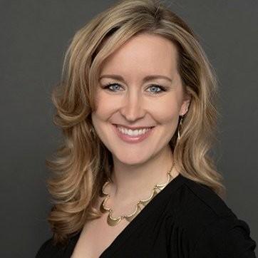 Angela Kujava Headshot Mentor ELP 2022