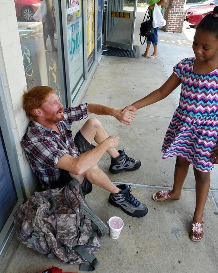 July 10 2016 Kenyatta Lewis Girl and Homeless Man