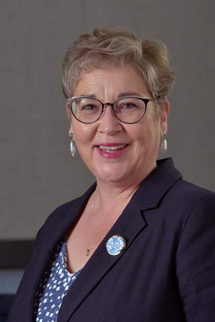 Julie McKenna