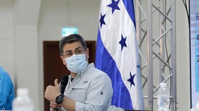 El presidente de Honduras anuncia que ha dado positivo por covid-19