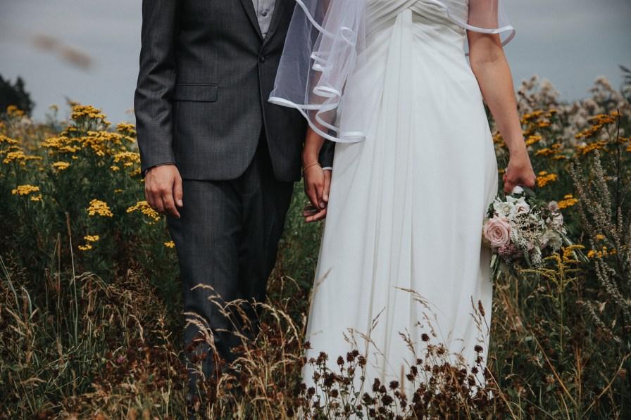 Caroline och Marcus bröllop i Onsala bröllopsfotograf cattis fletcher Cfoto Kungsbacka Göteborg Halland