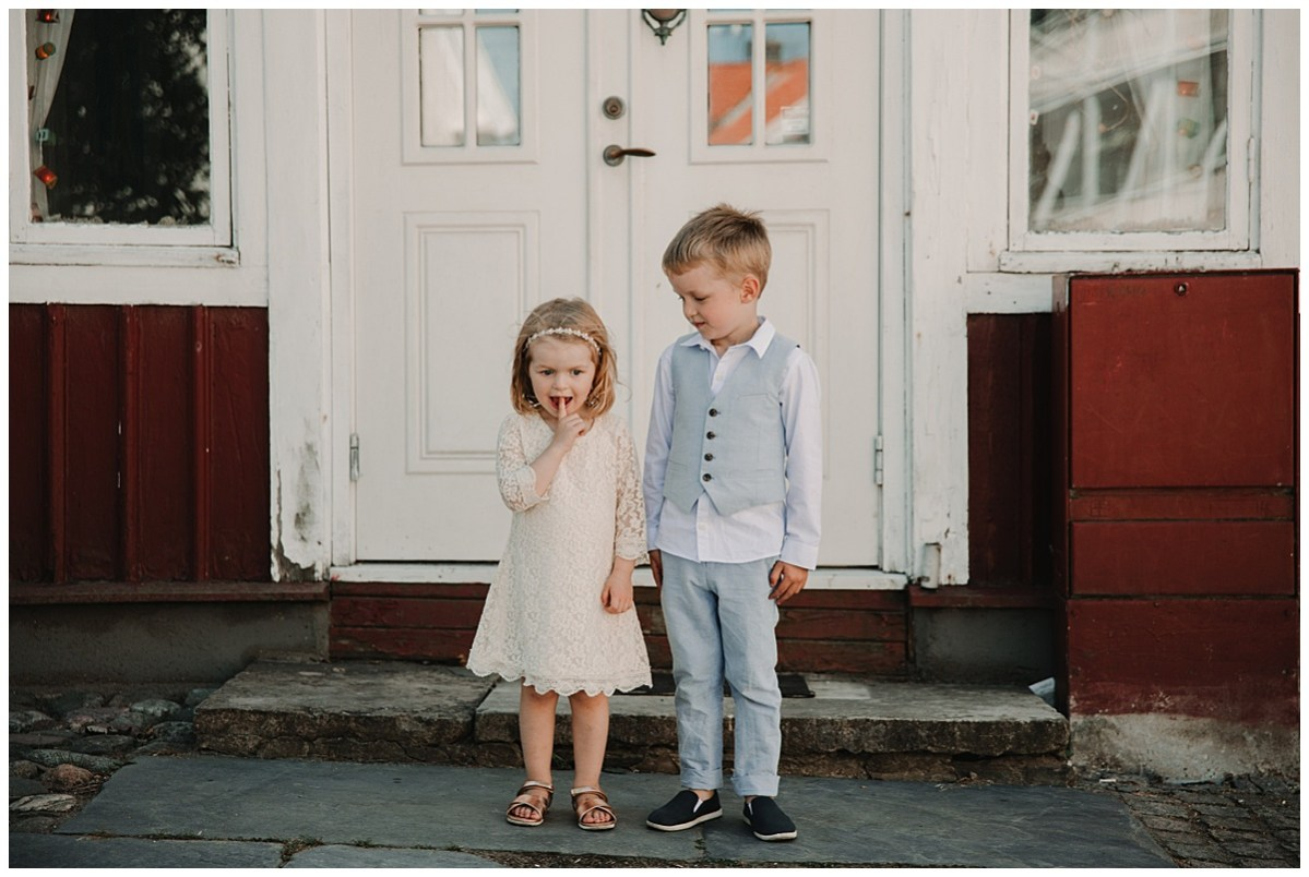 bröllopsfotograf Marstrand barn porträtt wedding photographer portrait of the kids