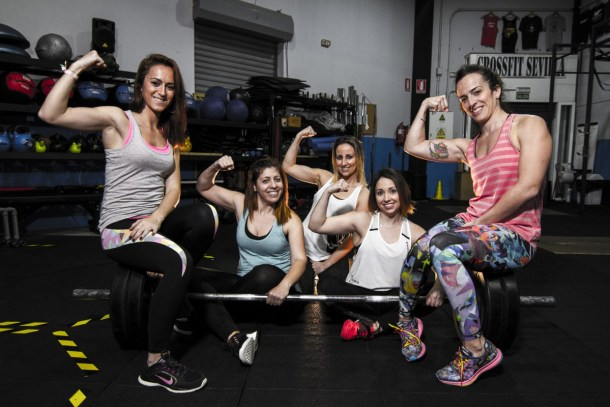 Wod CFS Box CrossFit Sevilla Girls strength