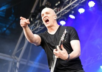 Friday Headliner Devin Townsend Wants To See YOU!