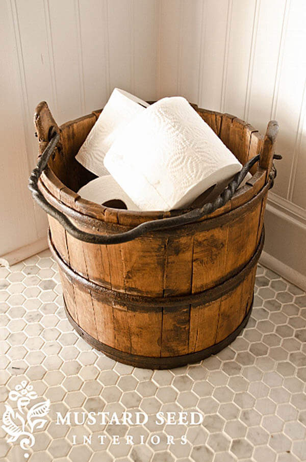 Best farmhouse style bathroom ideas to get that fixer upper style!