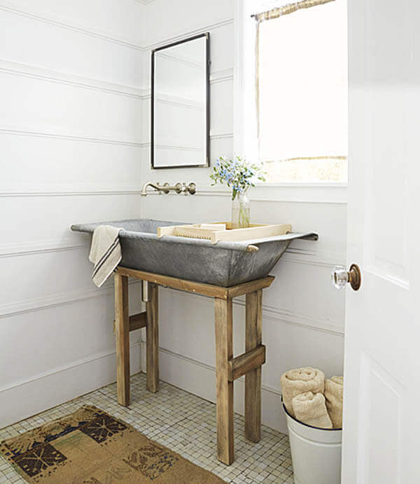 Quick and easy farmhouse style bathroom decor that will make your space look professionally designed
