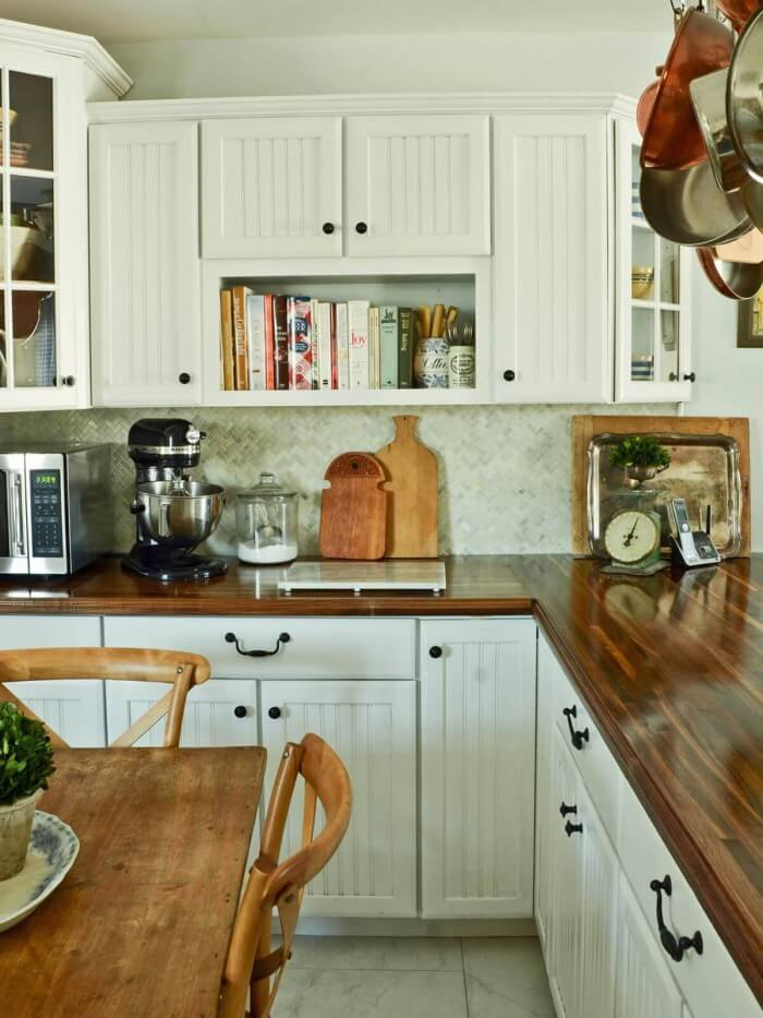 Kitchen Remodeling Ideas - farmhouse kitchen ideas for the rustic kitchen of your dreams to get inspired now. On a budget!