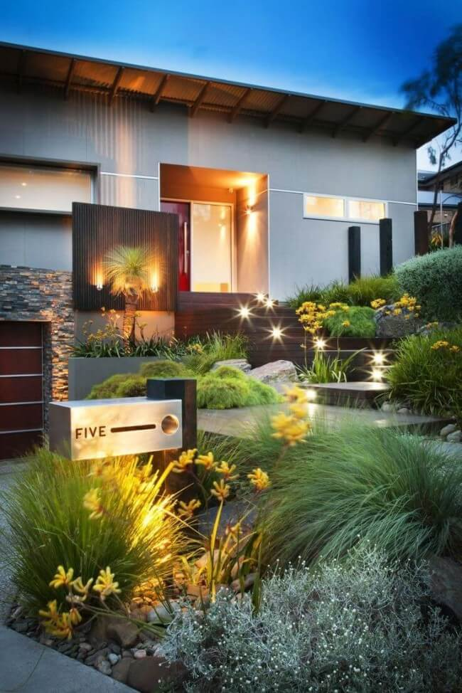 25+ Simple And Small Front Yard Landscaping Ideas (Low ... on Small Landscape Garden Ideas id=80932