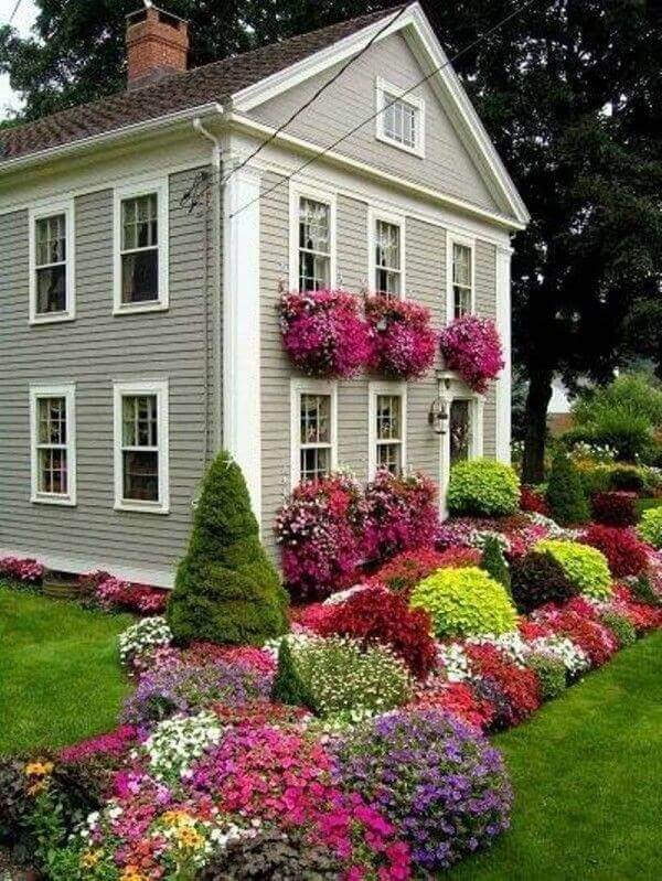 25+ Simple And Small Front Yard Landscaping Ideas (Low ... on Small Yard Landscaping id=79377