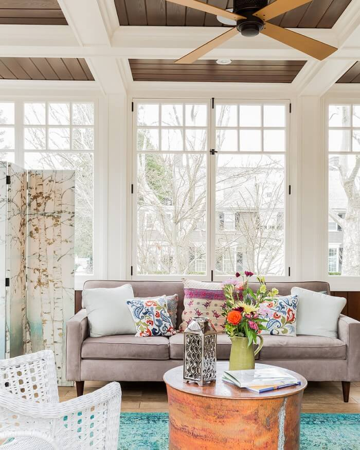 A Affordable and Easy Decoratoring Guide to bohemian interior design living room from eclectic bedrooms to relaxed living rooms.