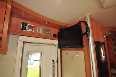 Hymer Starline TV
