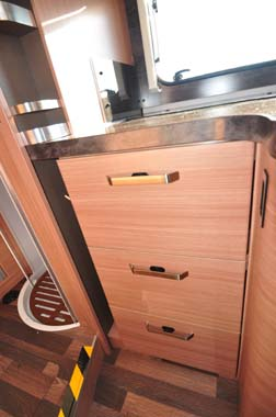 Knaus Sun TI 700M Kitchen Storage