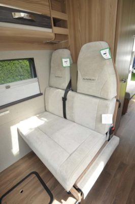 Autocruise Select 184 seats