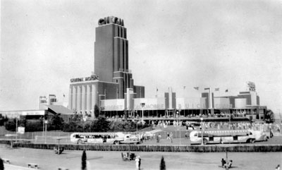 GM Building at Chicago 1933 World's Fair