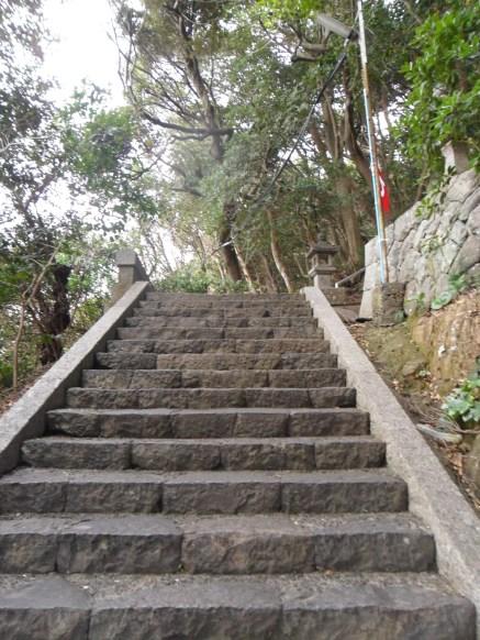 The way up to NaKiri Shrine