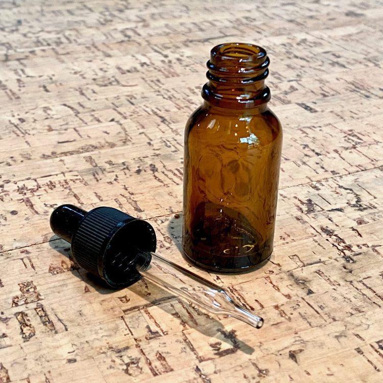 Glass Dropper Bottle (2 oz)