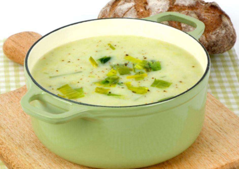 Sopa de Batata e Ervas