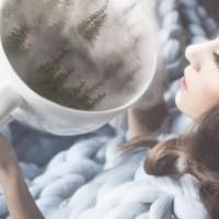 Os cobertores de tricô gigante de Anna Mo