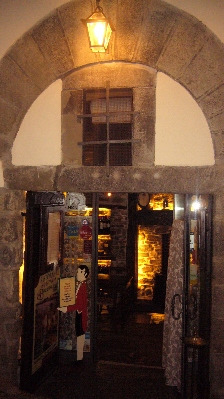 Entrance to Hostaria La Bucaccia