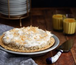 Chai Coconut Cream Pie