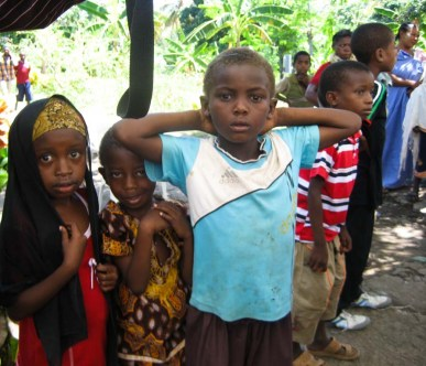 enfants aux Comores