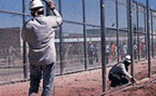 Chain Link Fence Contractors