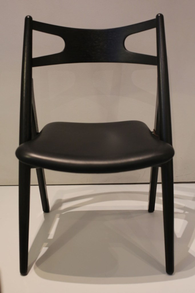 Black CH 29 or Sawbuck Chair by Hans Wegner