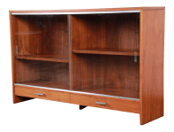 Paul Mccobb For Calvin Mid Century Modern Walnut Glass Front Bookcase