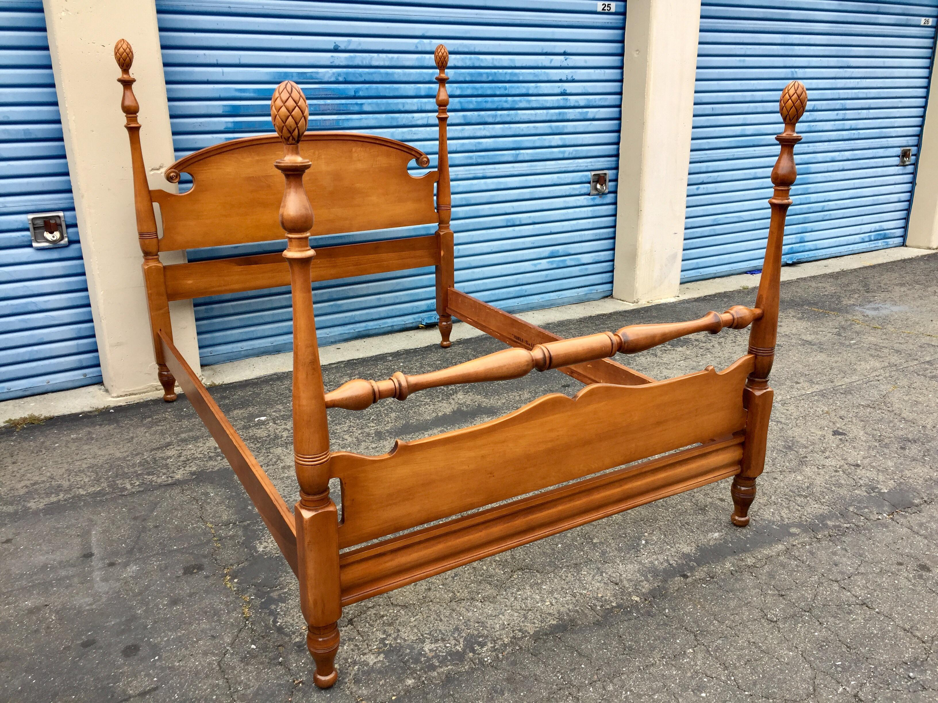 vintage maple full double pineapple four post bed